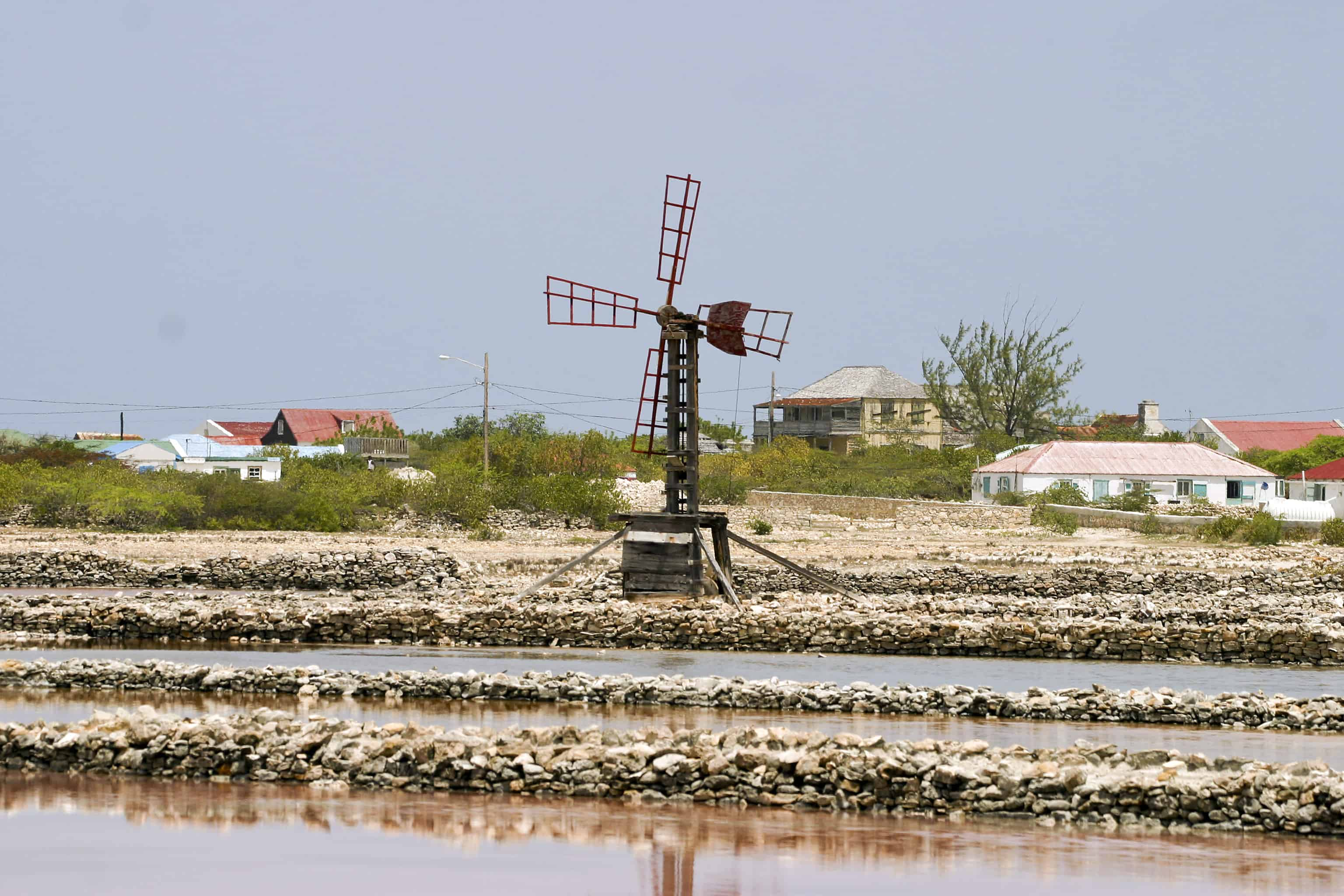 Old windmill for pumping sea-water on the salt-pans at Salt Cay, before destruction by hurricanes in recent years; Copyright: Dr Mike Pienkowski